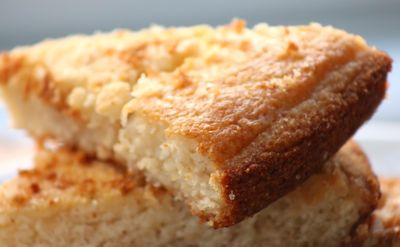 Vegan cornbread crumb