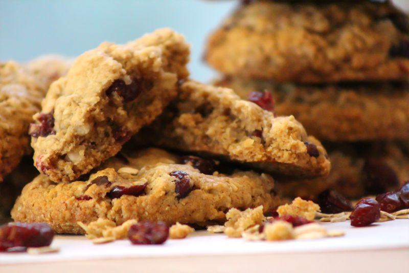 Vegan oatmeal coconut craisin cookie 5