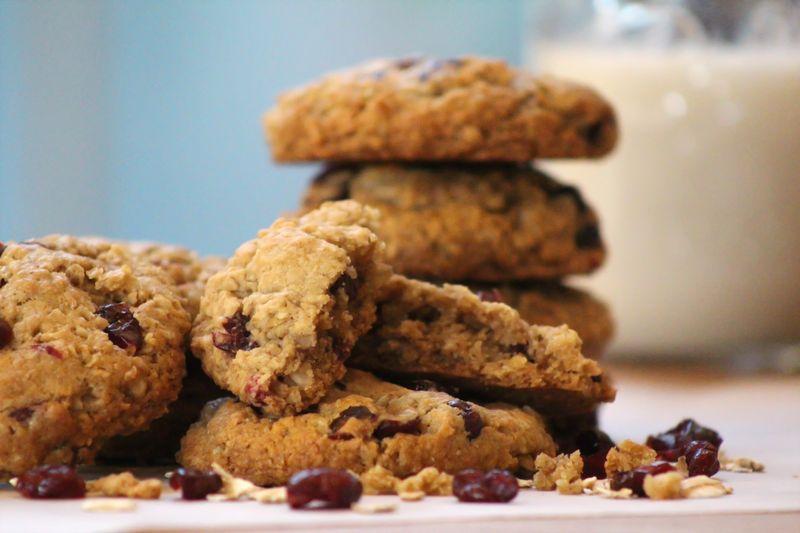 Vegan oatmeal coconut craisin cookie 7