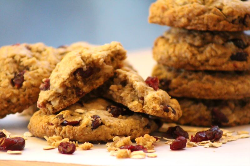 Vegan oatmeal coconut craisin cookie 9